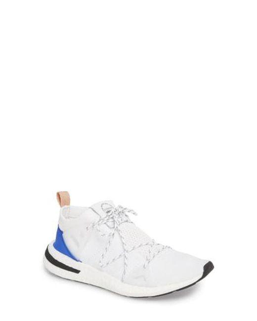 Lyst scarpe adidas arkyn in grigio.