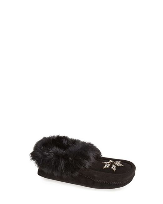 Manitobah Mukluks | Black 'kanada' Genuine Rabbit Fur & Suede Moccasin Slipper | Lyst