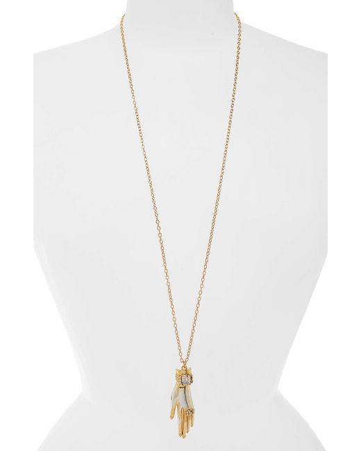Oscar de la Renta - Metallic Hand Pendant Necklace - Lyst