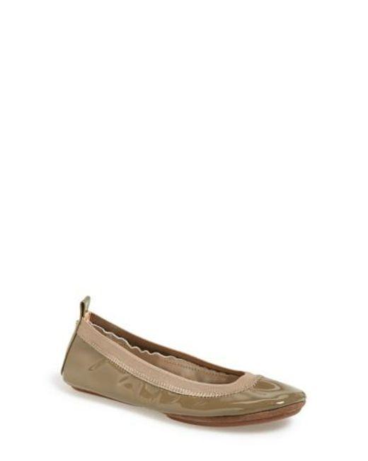 Yosi Samra | Brown 'samara' Patent Leather Foldable Ballet Flat | Lyst