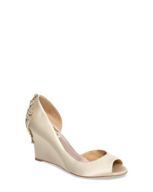 Badgley Mischka Meagan Embellished Peep Toe Wedge K0dtpcMv