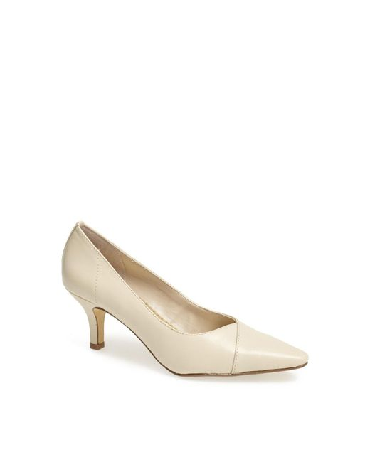 Bella Vita - White 'wow' Kitten Heel Pump - Lyst