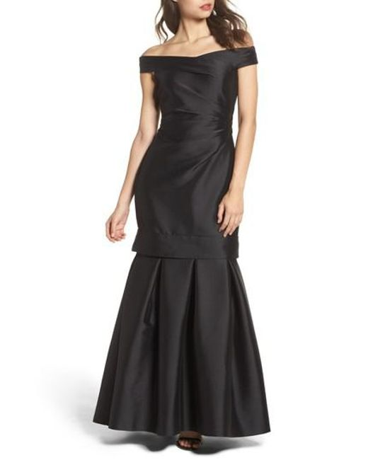 Vince Camuto | Black Off The Shoulder Mikado Mermaid Gown | Lyst
