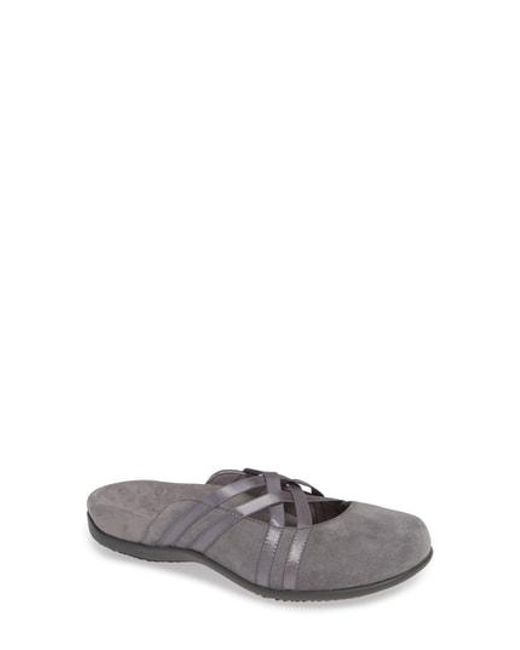 Vionic Claire Banded Mules 8WuFrOkpb5