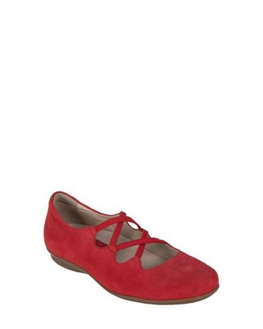 Earthies - Red Earthies Clare Flat - Lyst