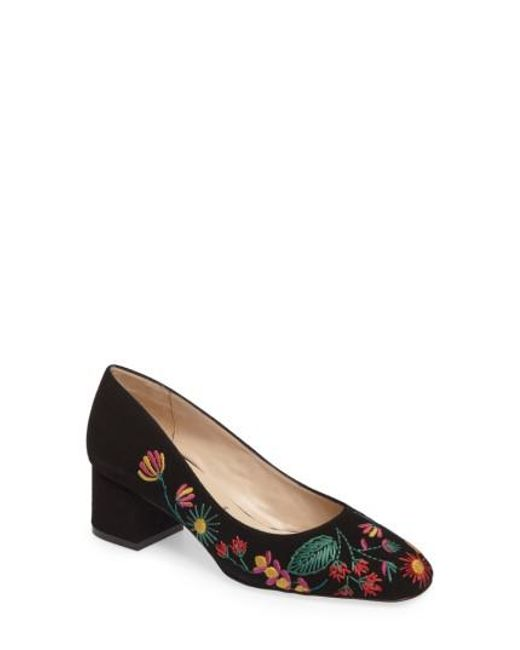 Ron White Women's Doreen Embroidered Water Resistant Pump