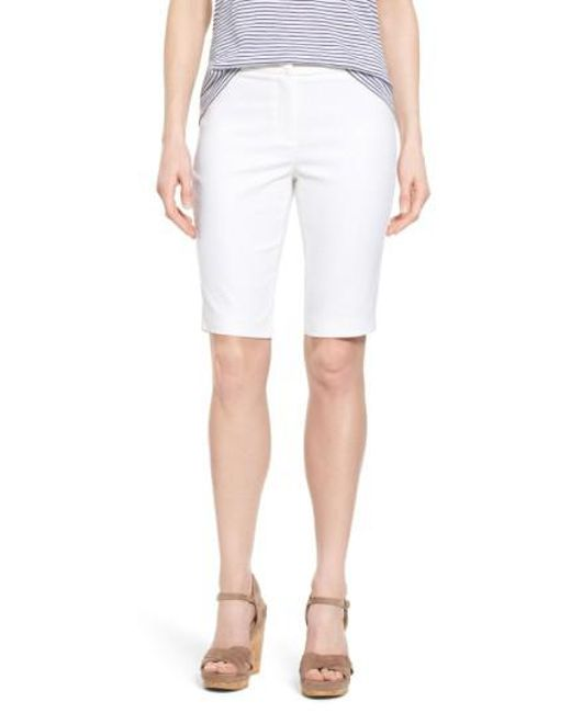 NIC+ZOE | White 'the Perfect' Stretch Woven Trouser Shorts | Lyst