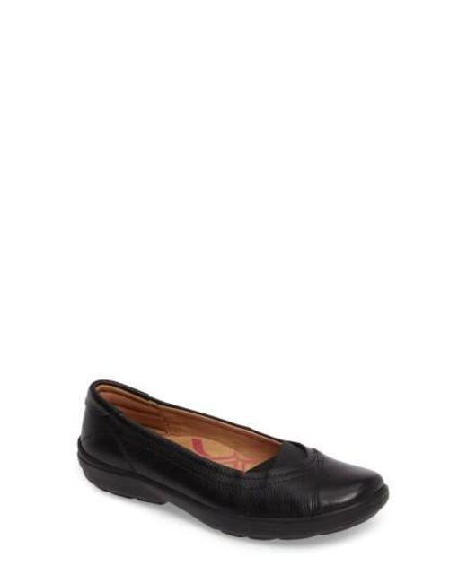 Comfortiva | Black Renee Flat | Lyst
