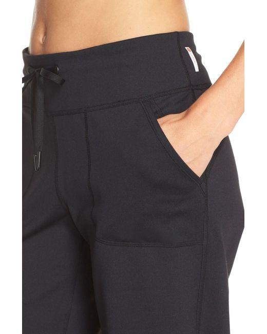 Zella All Star Athletic Capri Pants In Black Lyst