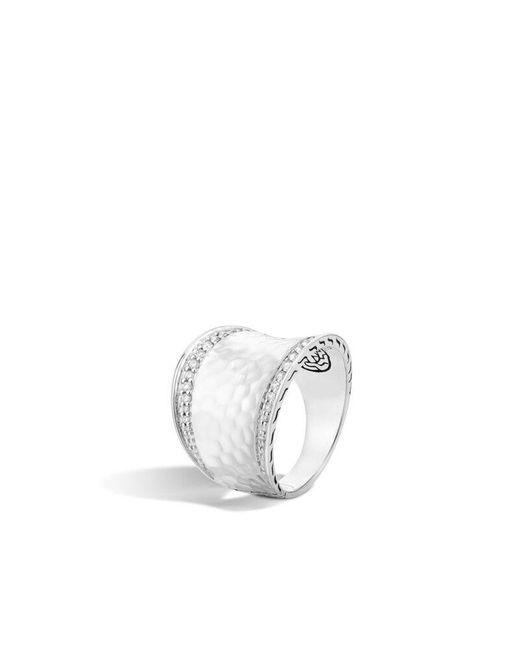 John Hardy Metallic Classic Chain Hammered Saddle Ring With Diamonds