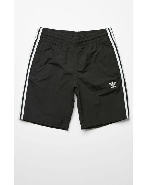 b79f8284a5 Adidas - Black 3-stripes 19