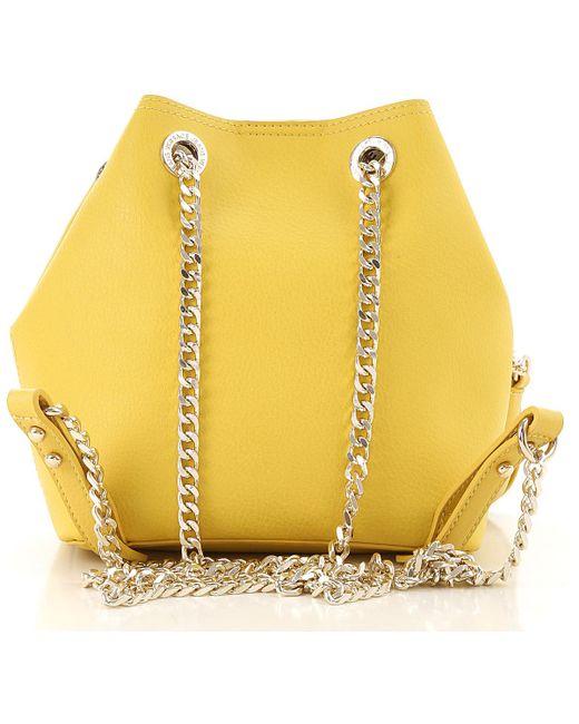 b8f16aee0c ... Versace - Yellow Sac Bandoulière Femme Pas cher en Soldes - Lyst ...