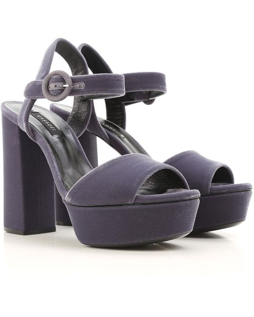 Casadei Gray Womens Shoes On Sale In Outlet