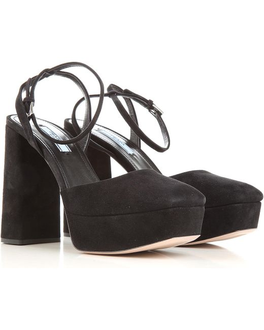Sandale Femme Pas cher en Soldes Prada en coloris Black
