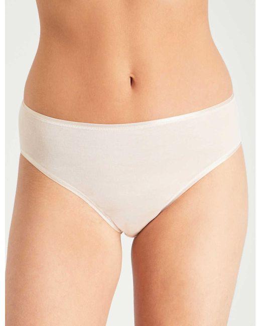 Hanro Women's White Seamless Midi Cotton Briefs