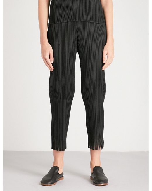 Pleats Please Issey Miyake | Black Fringed-hem Cropped Pleated Trousers | Lyst