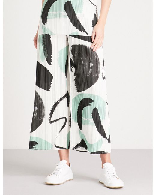 Pleats Please Issey Miyake - White Brush Stroke Wide-leg Cropped Pleated Trousers - Lyst