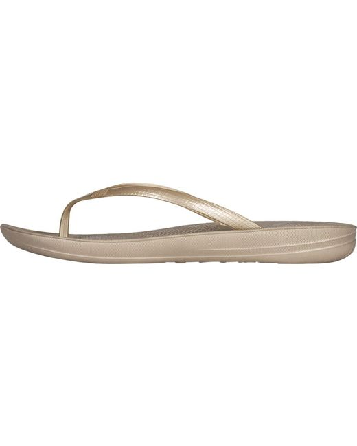 1cebbae9a2e ... Fitflop - Metallic Iqushion Ergonomic Flip-flop - Lyst ...