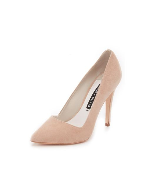 Alice + Olivia | Natural Dina Suede Pumps | Lyst