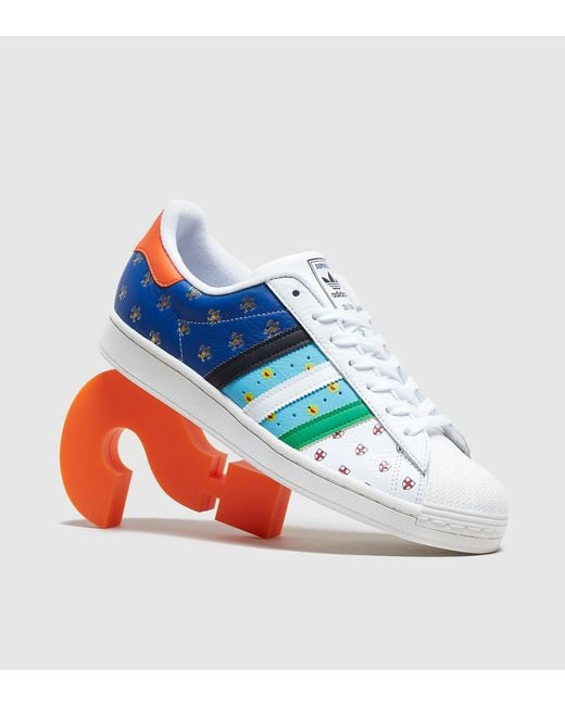 Superstar 'City Series Tribute' Femme - Exclusivité size? Adidas Originals en coloris Blue