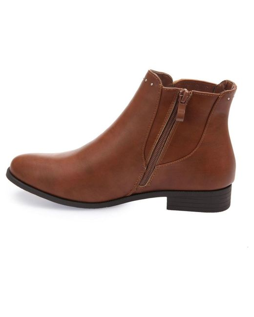 Low boots camel à clous Bottines La Modeuse en coloris Brown