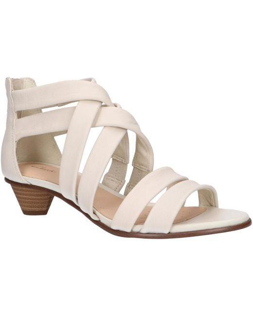 Sandalias 26150217 MENA SILK Clarks de color White