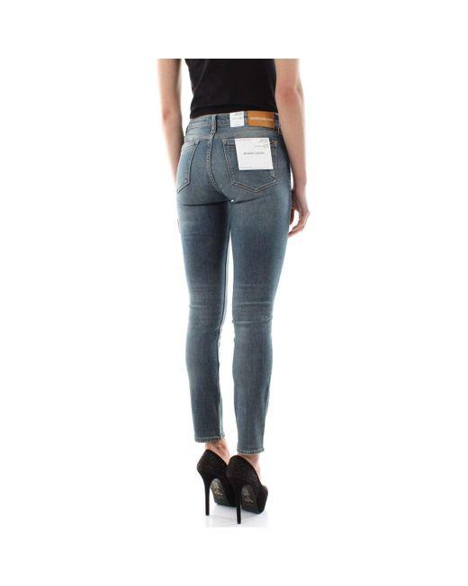 Calvin Klein J20J208030 - 011 MID RISE Jeans femme de coloris bleu