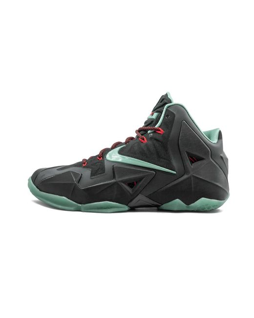 Nike Lebron 11 Shoes - Size 13 in Black