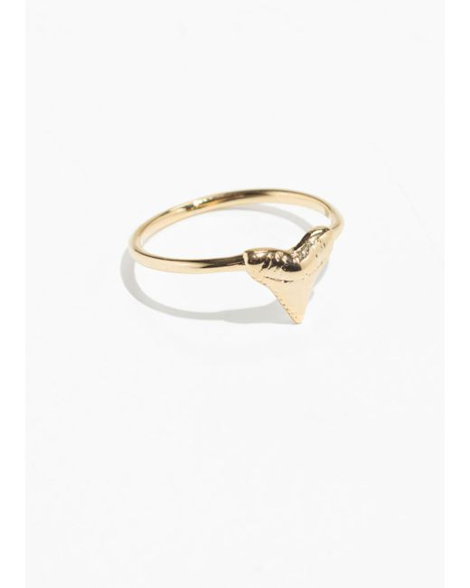 & Other Stories - Metallic Shark Tooth Ring - Lyst
