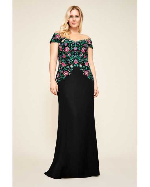 Lyst - Tadashi Shoji Holly Floral Embroidered Gown - Plus Size in Black