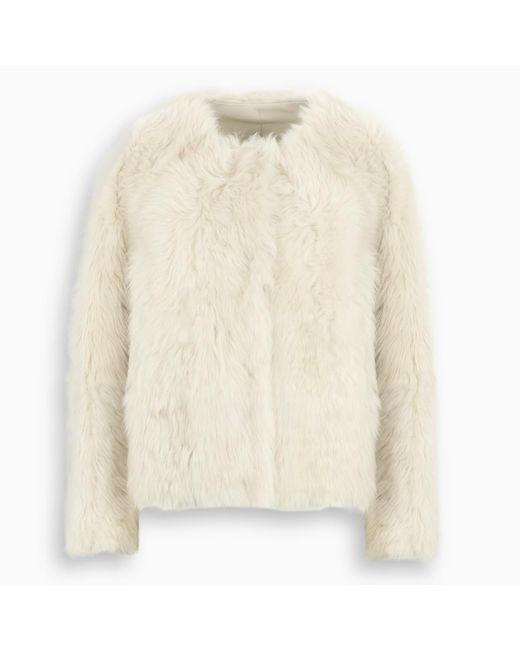 Pelliccia in lana d'agnello color meringa di Yves Salomon in Natural