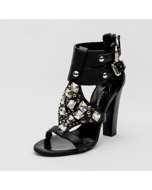 2500085c4b Giuseppe Zanotti - For Pierre Balmain Black Leather Embellished Buckle Sandals  Size 36 - Lyst ...