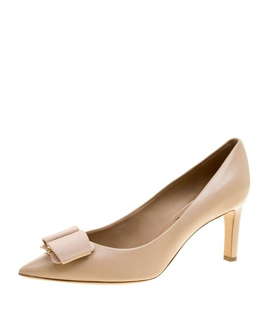 Ferragamo - Natural Leather Mimi Bow Detail Pointed Toe Pumps - Lyst