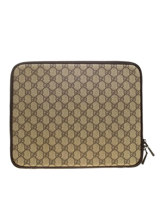 5b635729420 ... Gucci - Natural Beige GG Supreme Canvas Interlocking GG Netbook Case  for Men - Lyst ...