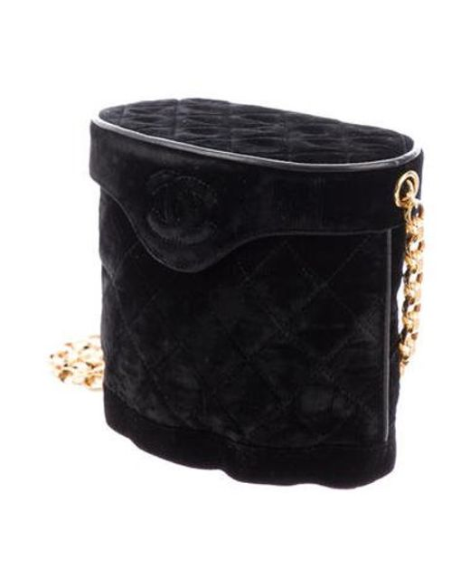 1efabbde45c5 ... Chanel - Metallic Vintage Velvet Cc Shoulder Bag Black - Lyst ...