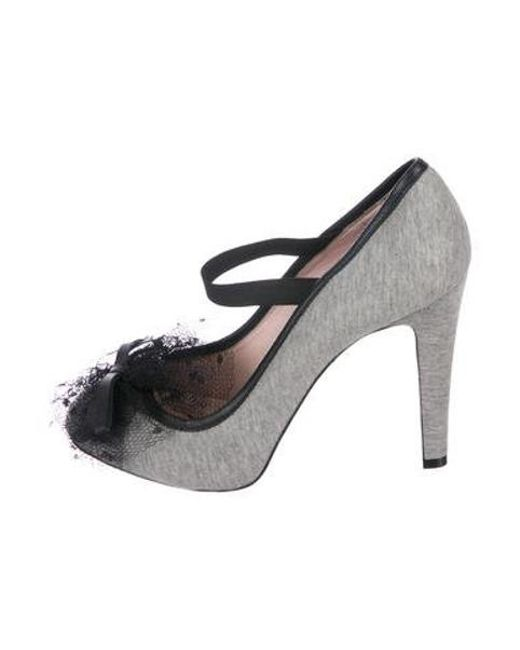 d902ea106ee RED Valentino - Gray Bow-accented Round-toe Pumps Grey - Lyst ...