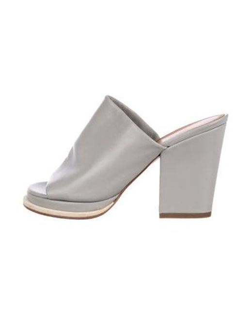 7a9a7c6e6424 Robert Clergerie - Gray Leather Slide Sandals Grey - Lyst ...