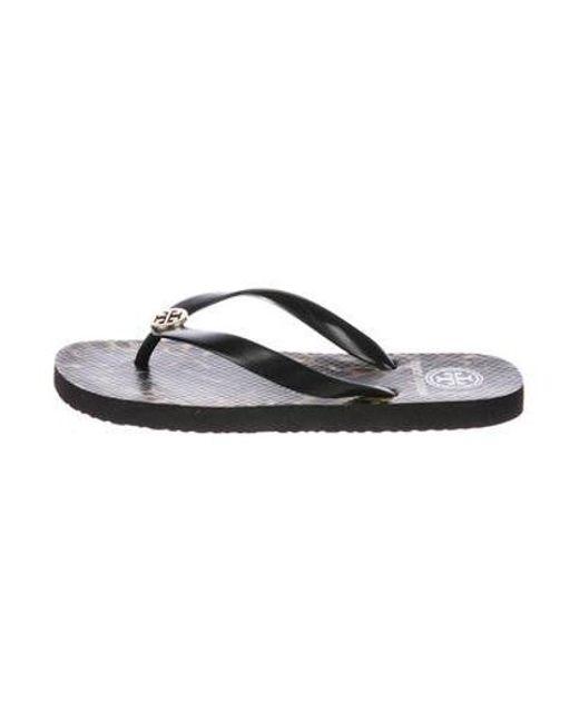 ffc98377f120 Tory Burch - Metallic Logo Thong Sandals Black - Lyst ...