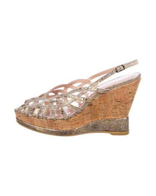 4580bee2c9ec Stuart Weitzman - Metallic Peep-toe Wedge Sandals Gold - Lyst ...