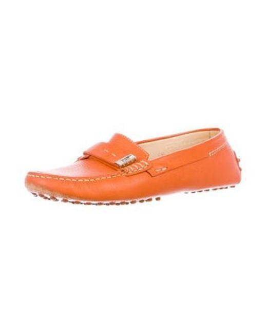 9831f1ef056 ... Lyst Tod s - Metallic Round-toe Leather Loafers Orange ...
