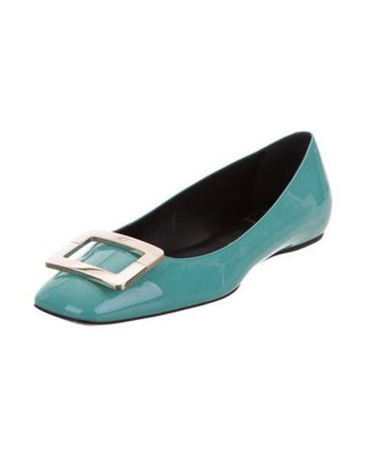 4562c262e18 ... Roger Vivier - Metallic Patent Leather Buckle Flats Blue - Lyst ...