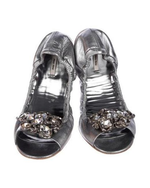8104e1e2903b ... Miu Miu - Metallic Miu Leather Embellished Flats Silver - Lyst ...