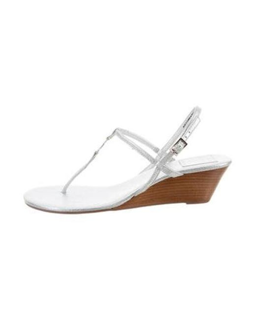 16b87862f4835e Tory Burch - Metallic Thong Wedge Sandals Silver - Lyst ...