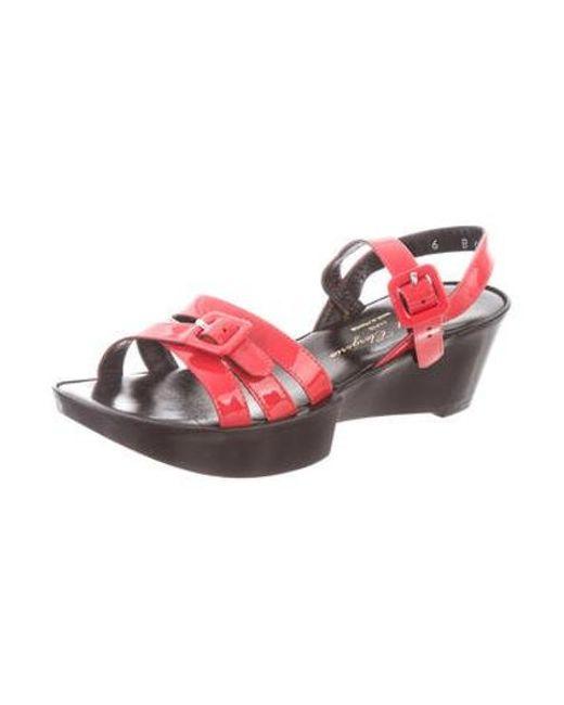 6fdfeca74f8 ... Robert Clergerie - Pink Round-toe Platform Sandals Coral - Lyst ...