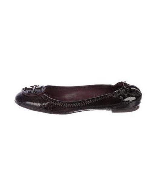 c4038e5813b7 Tory Burch - Purple Patent Leather Round-toe Flats - Lyst ...