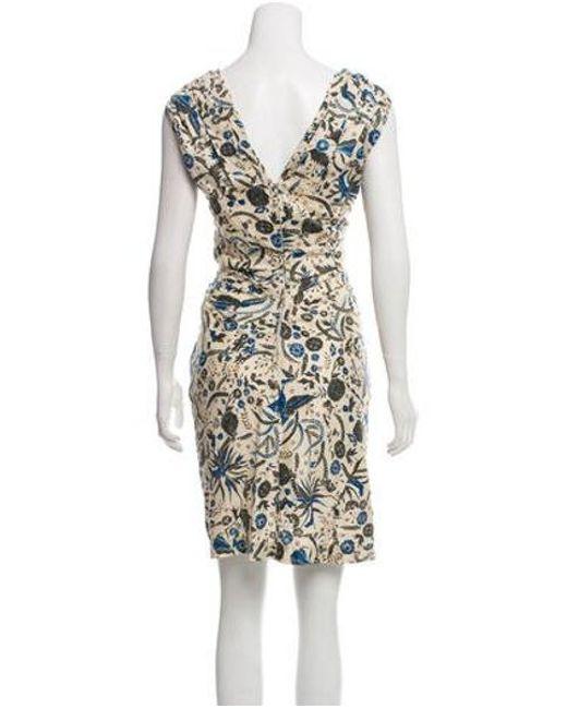 61ead6fdd55 ... Étoile Isabel Marant - Natural Printed V-neck Dress Beige - Lyst