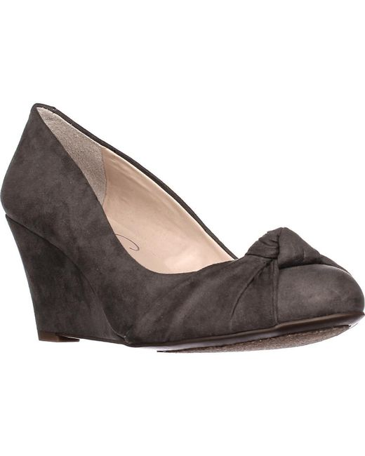 Jessica Simpson Gray Siennah Wrap Toe Wedge Pumps