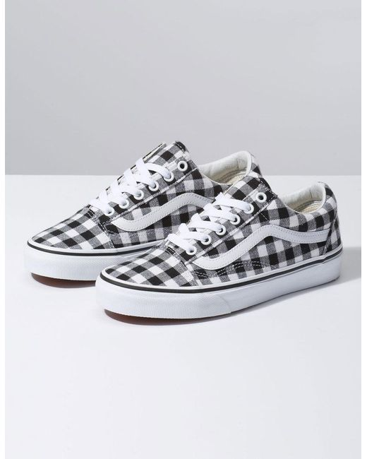 5d7a8e38c668ff Lyst - Vans Gingham Old Skool Black   True White Womens Shoes in White