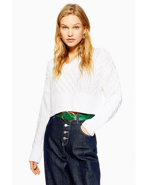 6763264fa60 TOPSHOP - White V Cropped Cable Jumper - Lyst ...