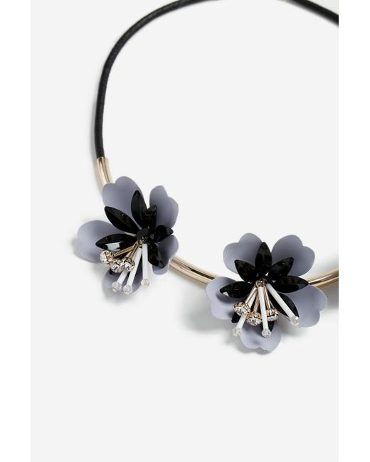 TOPSHOP - Multicolor Resin Flower Collar Necklace - Lyst